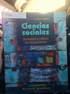 ¡Libro de Ciencias Sociales en perfectas condiciones a la venta!