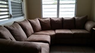 Se vende sofa seccional