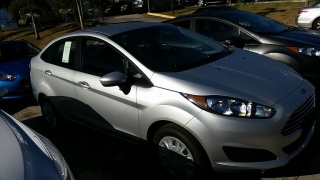 Ford Fiesta S Gris 2017