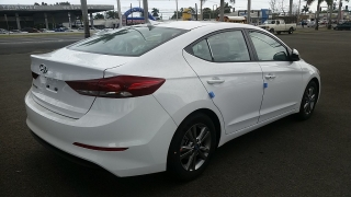 Hyundai Elantra SE Blanco 2017