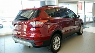 Ford Escape SE Rojo Vino 2017