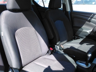 Nissan Versa Blue 2015