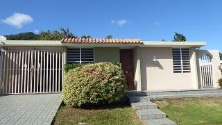 16-0334 Propiedad de ubicada en la Urb. Mirador de Bairoa en Caguas, PR.