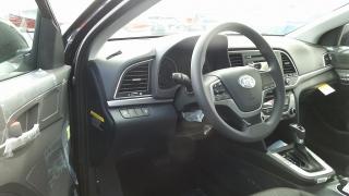 Hyundai Elantra SE Negro 2017
