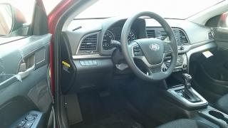 Hyundai Elantra SE Rojo 2017