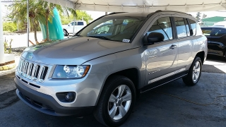 Jeep Compass Sport Gris Oscuro 2015