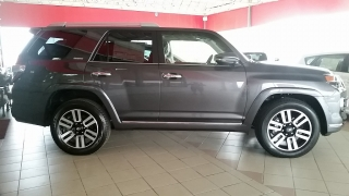 Toyota 4Runner Limited Gris Oscuro 2017