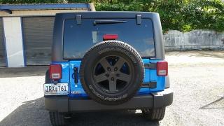 Jeep Wrangler Unlimited Sport Azul 2016