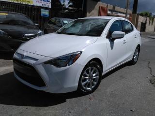 Toyota Yaris White 2016