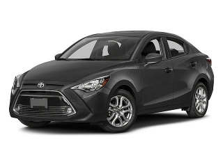 Toyota Yaris Ia Sedan White 2017