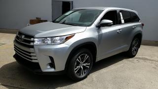 Toyota Highlander LE Plateado 2017