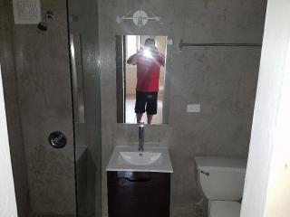 Cond. White Tower Cerca de Centro Medico y Veteranos $700 mensuales inc/agua
