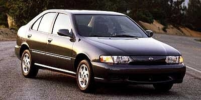 Nissan Sentra Gxe 1999
