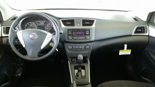 Nissan Sentra S Plateado 2017