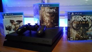 PlayStation 4 ($230 solo meses de uso)