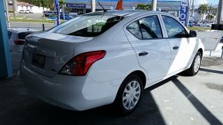 Nissan Versa S Blanco 2014