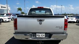 Dodge Ram 1500 SLT Plateado 2006