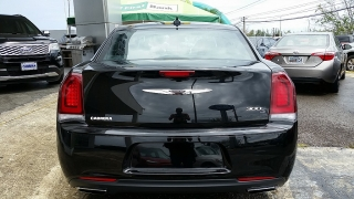 Chrysler 300 300S Alloy Edition Negro 2016