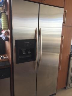 Nevera, estufa, microondas y lavaplatos