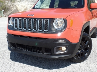 JEEP RENAGADE LATITUD 4X4 2016 !WOW! SPORT Y FAMILIAR !!