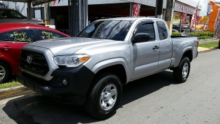 Toyota Tacoma SR Plateado 2016