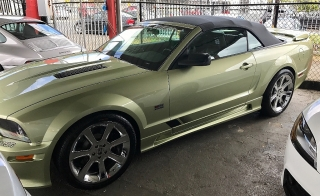 FORD MUSTANG SALEEN CONV COLLECTION 2006