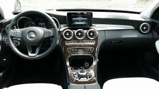 Mercedes-Benz C-Class C300 Lunar Blue Metallic 2017