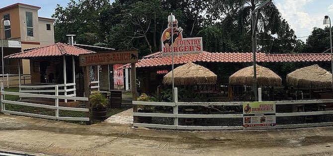 Restaurante rústico Country Burgers
