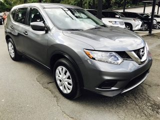 Nissan Rogue Gris Oscuro 2016
