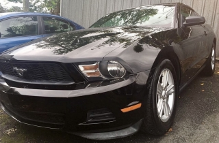 FORD MUSTANG PONY 2012