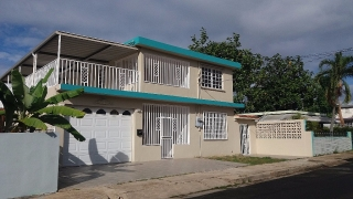 Alquiler casa Plan 8 Urb Bunker Calle Colombia #111 Caguas