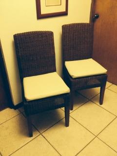4 sillas de mimbre de Pottery Barn