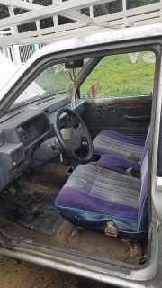 Mitsubishi Pick up 1994 Standard 5 cambios