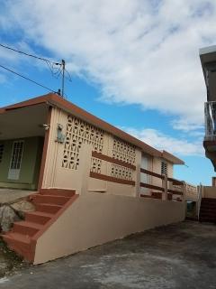 Se ALquila comoda Residencia en Sector Totejas de Juncos, PR.