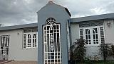 Remodelada, amplia, céntrica, esquina | Bienes Raíces > Residencial > Casas > Casas | Puerto Rico > Caguas