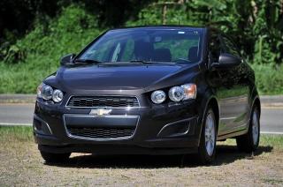 Chevrolet Sonic Lt Marron 2015