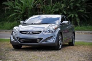 Hyundai Elantra SE Gris Oscuro 2016