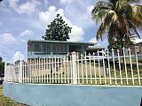 Casa familiar y con acceso a 5 minutos de Walmarth | Bienes Raíces > Residencial > Casas > Multi Familiares | Puerto Rico > Canovanas