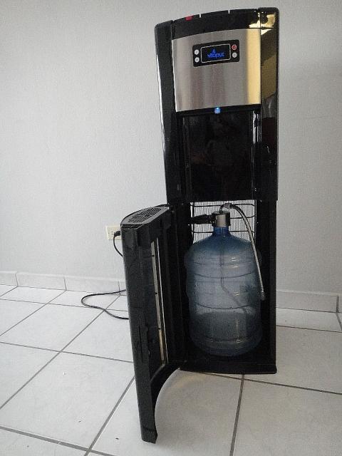 Dispensador de agua hogar u oficina en carolina for Dispensador agua oficina