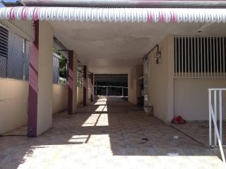 Estupenda Residencia Adyacente a la Carr. #129. Las Brisas