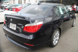 BMW 5 Series 550i Azul 2007