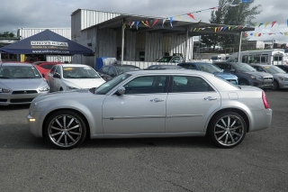 Chrysler 300 Base Plateado 2010
