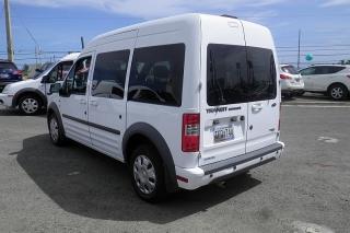 Ford Transit Connect Wagon Xlt Premium Blanco 2012