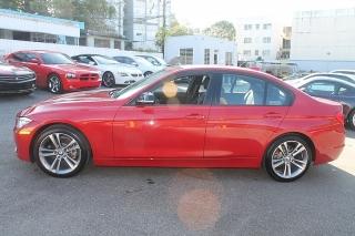 BMW 3 Series 328i Rojo 2012