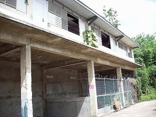 Edificio Industrial 92,780 pc y 4.99 cuerdas