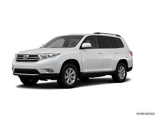 Toyota Highlander Plus White 2013