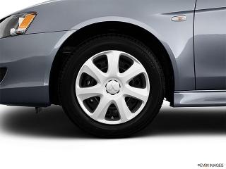 Mitsubishi Lancer De Gris 2013