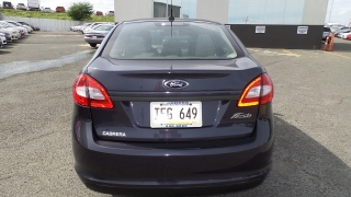 Ford Fiesta S Gris Oscuro 2013