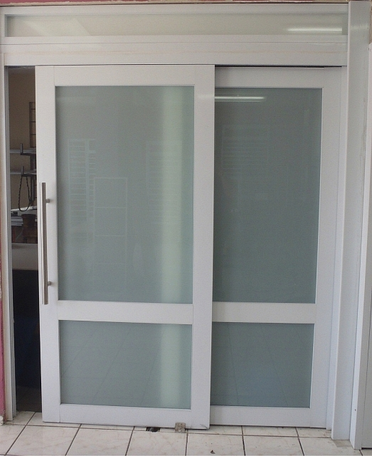 Puertas de aluminio para baño corredizas ~ dikidu.com