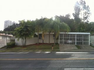 Santa Ana Ave., Alturas de Torrimar